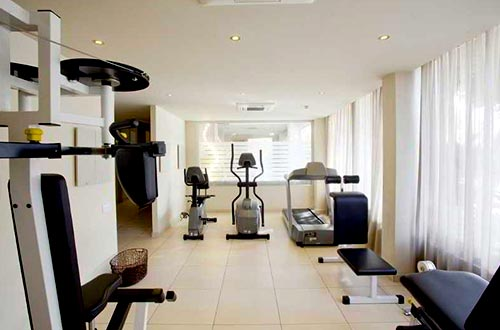 Almond Business Hotel gym